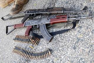 Thế giới ngầm cung cấp vũ khí cho khủng bố ở Châu Âu