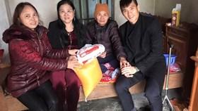 Chuyện cảm động ngày tết của cầu thủ Việt