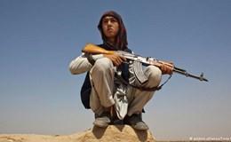 """Gia tăng đột biến những """"chiến binh chưa có râu"""" trong cuộc chiến ở Afghanistan"""