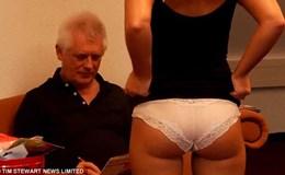 Giáo sư đại học đóng phim khiêu dâm