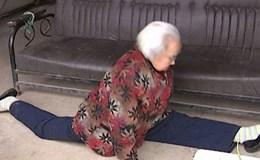 Cụ bà 87 tuổi tập kungfu
