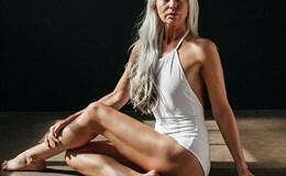 Người mẫu áo tắm tuổi 60