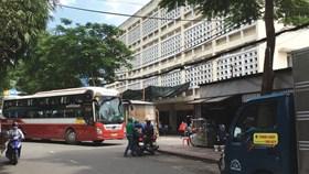 Kiến nghị dẹp bến xe trá hình Thành Bưởi để xây trường học