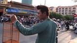 """Nguyễn Hồng Ân thả chim bồ câu với """"Tiếng hát hòa bình"""""""