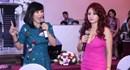 """Bộ ba """"Người bí ẩn"""" Trấn Thành-Hồng Đào-Vân Sơn tiếp tục khuynh đảo truyền hình Việt"""