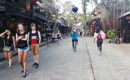Phổ cổ Hội An: Trả vỉa hè lại cho người dân và du khách
