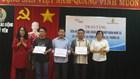 Trao tiền hỗ trợ cho các ngư dân bị nạn tại vùng biển Hoàng Sa, Trường Sa