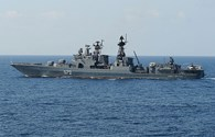 Crưm có tàu chiến hiện đại bảo vệ vùng biên