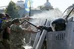 """Nga """"không chấp nhận được"""" bạo lực ở Ukraina"""