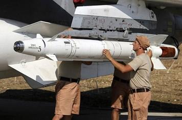 Mỹ cảnh báo Nga răn đe Thổ Nhĩ Kỳ bằng tên lửa không đối không