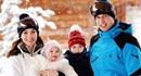 Ngắm bộ ảnh tuyệt đẹp gia đình Công nương Kate trượt tuyết