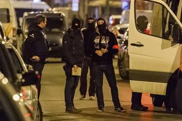 Bỉ bắt nghi phạm khủng bố mới: Củng cố mối liên hệ giữa các cuộc tấn công ở Paris và Brussels