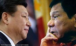 Ông Duterte bị phản đối dữ dội ở Philippines nếu nhượng bộ Trung Quốc