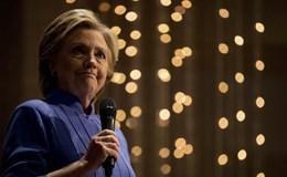 Obama bênh FBI vụ điều tra email của bà Clinton