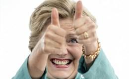 """FBI """"giải oan"""" cho bà Clinton vụ email"""
