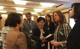 Cởi trói chính sách để phụ nữ Nhật Bản thăng tiến
