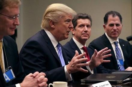 Tổng thống Trump ký sắc lệnh chính thức rút khỏi TPP