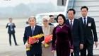 Nhà vua Nhật Bản và Hoàng hậu đến sân bay Nội Bài