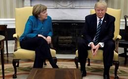 Nhà Trắng giải thích lý do ông Trump không bắt tay bà Merkel