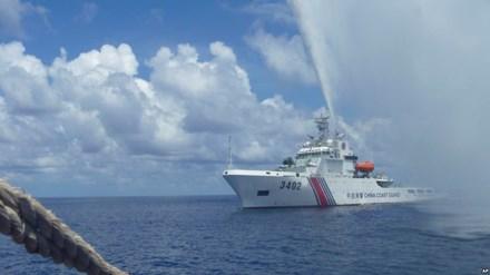 Malaysia nâng cấp hải quân giữa tranh chấp Biển Đông - ảnh 1