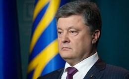 Tổng thống Poroshenko tháo dỡ tàu tuần dương Ukraina để trả nợ