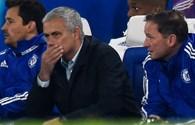 Tỷ phú Abramovich chỉ nhẹ nhàng nhắc nhở Mourinho