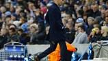 Zidane lập cú đúp... rách quần ở Champions League
