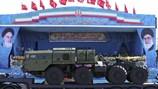 Iran phô diễn tên lửa S-300 và Bavar-373 trong lễ duyệt binh