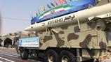 Cận cảnh cuộc duyệt binh hoành tráng của quân đội Iran với dàn vũ khí hiện đại