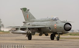 Ấn Độ quyết chế tạo máy bay chiến đấu nội địa