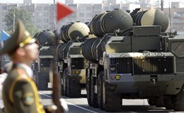 Nga xuất khẩu vũ khí 15 tỉ USD mỗi năm
