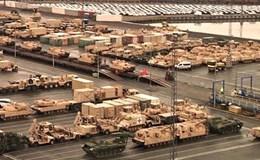 Cận cảnh dàn chiến xa Mỹ rầm rập triển khai đến Đức