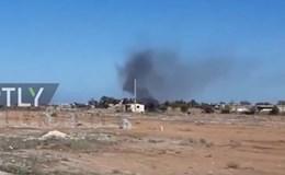 """Tiêm kích MiG-23 bị phiến quân Libya bắn """"rụng"""""""