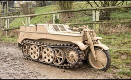 """Bán đấu giá chiếc xe máy """"lai"""" xe tăng kỳ dị của Đức quốc xã"""