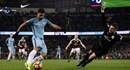 Man City xuất sắc giành chiến thắng 2-1 trước Burnley dù chơi thiếu người