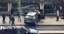 Cận cảnh chiếc xe được sử dụng để tấn công khủng bố bên ngoài tòa nhà quốc hội Anh