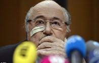 """Tuổi 79 của """"bố già"""" Sepp Blatter"""