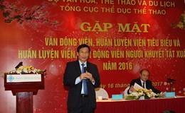 """HLV Hữu Thắng """"cầu cứu"""" Bộ trưởng về... bác sĩ ngoại cho đội tuyển quốc gia"""