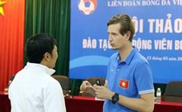 Bác sĩ ngoại đồng hành cùng U.20 Việt Nam tại World Cup là ai?  