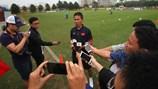 """HLV Hoàng Anh Tuấn lo các cầu thủ bị tâm lý khi """"bơi"""" ở World Cup"""