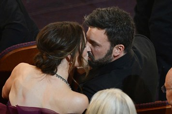 Cặp đôi Ben Affleck - Jennifer Garner thời còn yêu đương, nồng cháy bên nhau