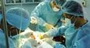"""Vì sao chị em """"quay lưng"""" với phẫu thuật thẩm mỹ ở bệnh viện công?"""