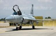 """Vì sao JF-17 của Trung Quốc được ví """"con đẻ"""" của vũ khí Liên Xô?"""