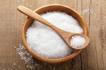 8 tác hại không ngờ khi ăn quá nhiều muối