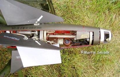 Sức mạnh đáng gờm tên lửa sao chép AIM-9 có đầu nổ nặng hơn 11kg