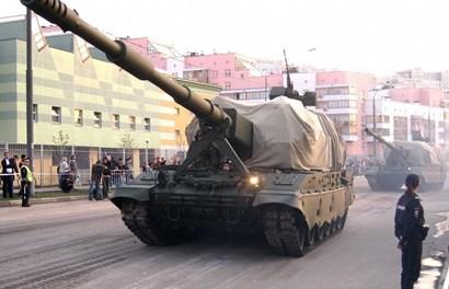 Cận cảnh dàn vũ khí Nga rầm rập tiến về Quảng trường Đỏ mừng Ngày chiến thắng