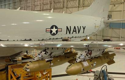 """Bên trong xưởng sản xuất """"sát thủ"""" săn ngầm P-8A"""