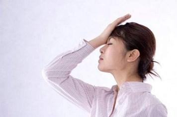 Chóng mặt, buồn nôn: Cẩn thận bệnh nguy hiểm