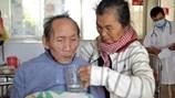 Vợ chồng thương binh già không nhà