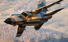 """Sức mạnh không đối thủ của tiêm kích """"sát thủ"""" chủ đạo của NATO"""